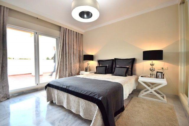 Penthouse_Sale_Dama_Noche_Bed1