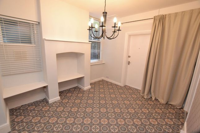 Studio to rent in Priory Road, Malvern WR14