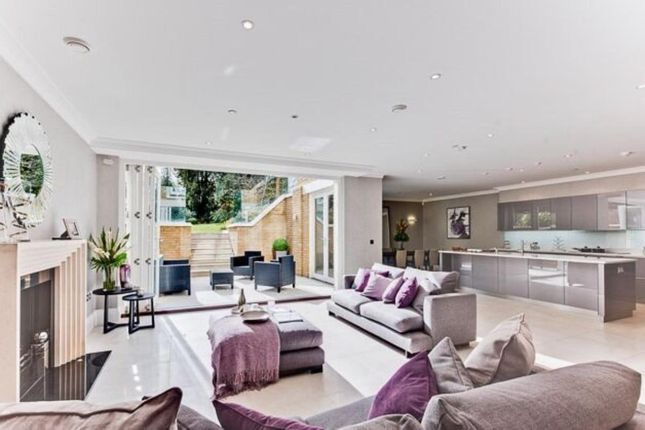 Thumbnail Detached house to rent in St Georges Place, Esher Park Avenue