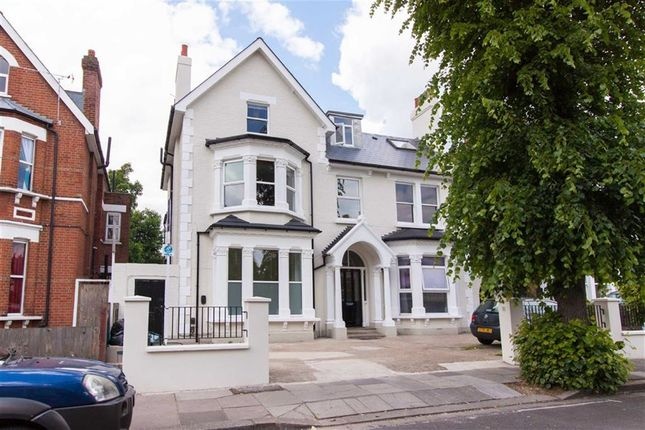 Thumbnail Flat to rent in Cumberland Park, London