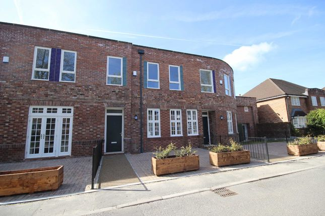 Thumbnail Mews house to rent in Orchard House, Ellenbrook Road, Worsley, Manchester