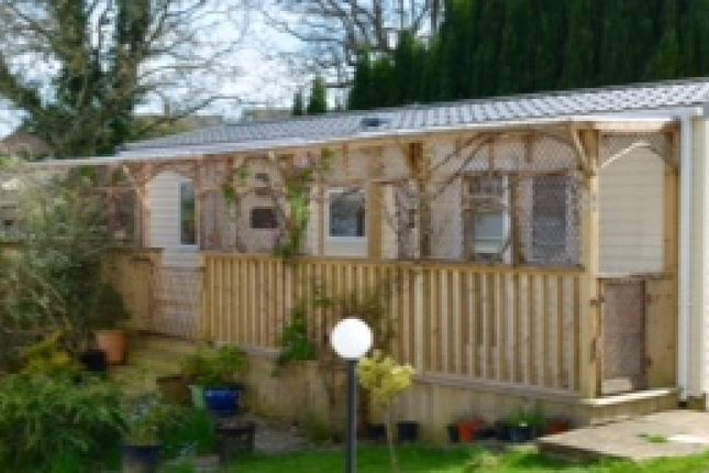 Thumbnail Mobile/park home for sale in Russet Way, Hailsham, East Sussex