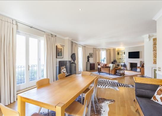 Thumbnail Property to rent in Tower Walk, Wapping, London