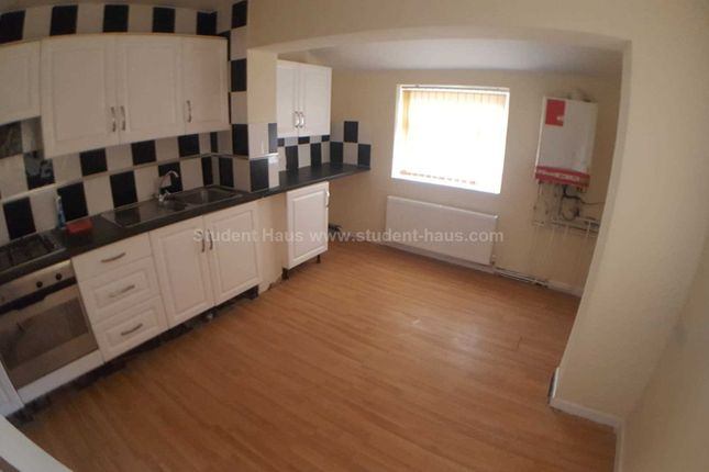 Thumbnail Detached house to rent in Nelson Street, Salford