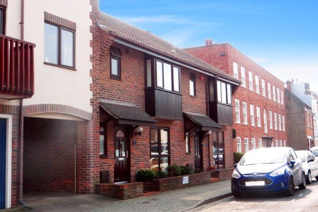 3 bed property to rent in Penny Street, Portsmouth PO1