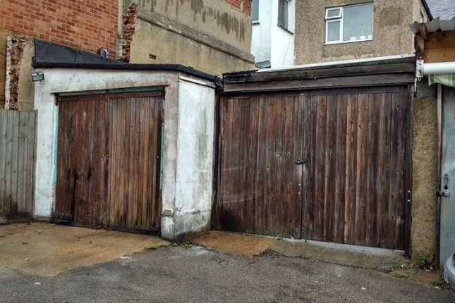 Industrial to let in Unit, Rear Of 1428, London Road, Leigh-On-Sea