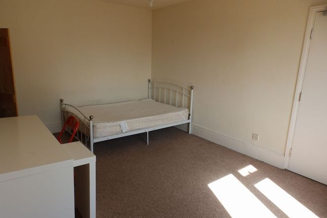 Thumbnail Maisonette to rent in Montpelier Place, Brighton, East Sussex