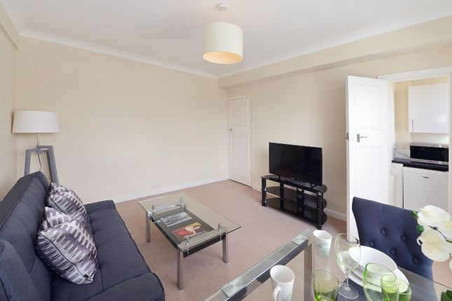 Thumbnail Terraced house to rent in Hill Street, Mayfair