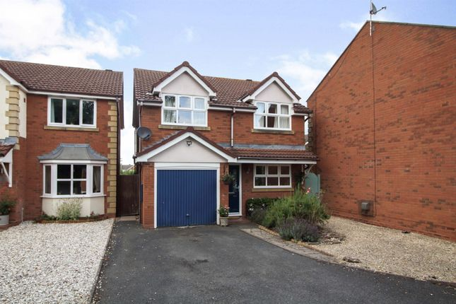 Thumbnail Detached house for sale in Topham Avenue, Worcester