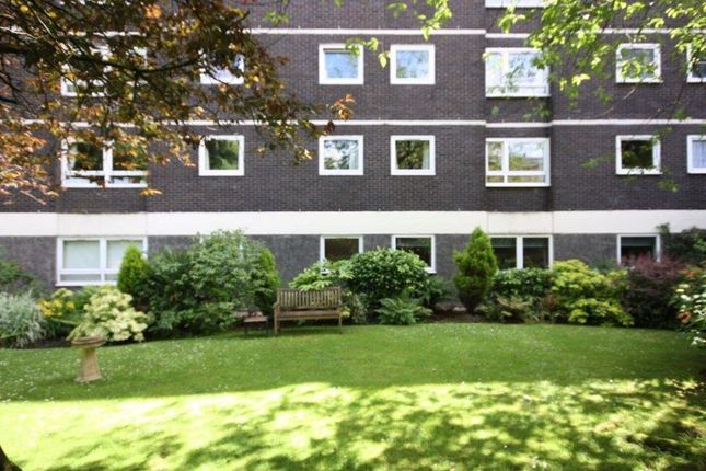 1 bed flat to rent in Kensington Road, Glasgow G12