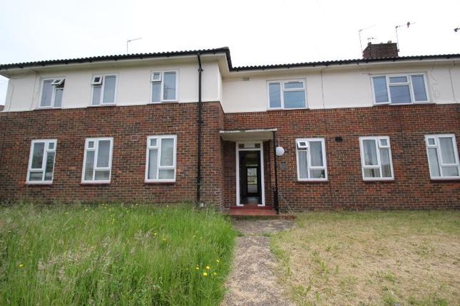 1 bed flat to rent in Batchwood Green, Orpington, Kent
