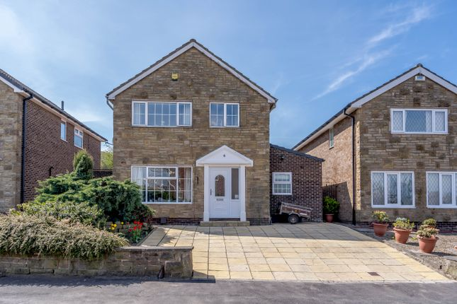 5 bed detached house for sale in Filley Royd, Cleckheaton BD19