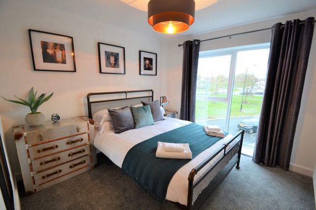 Thumbnail Flat to rent in Carr House Road, Doncaster