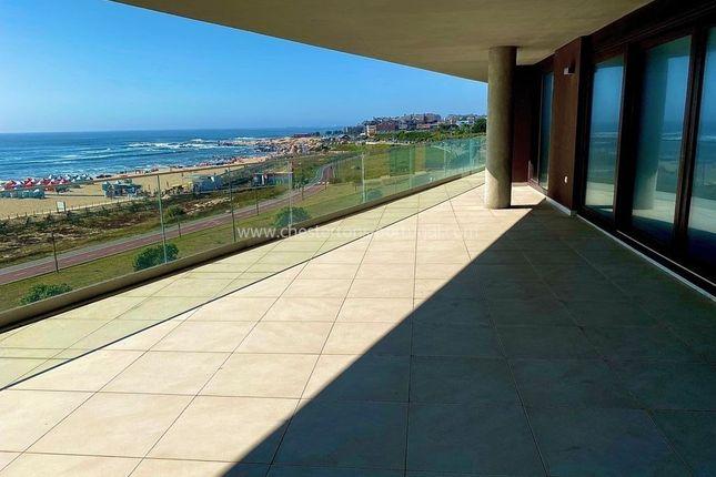 Thumbnail Apartment for sale in Vila Nova De Gaia, Vila Nova De Gaia, Portugal