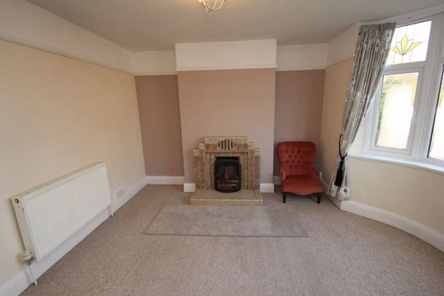 Lounge of Bromsgrove Road, Batchley, Redditch B97