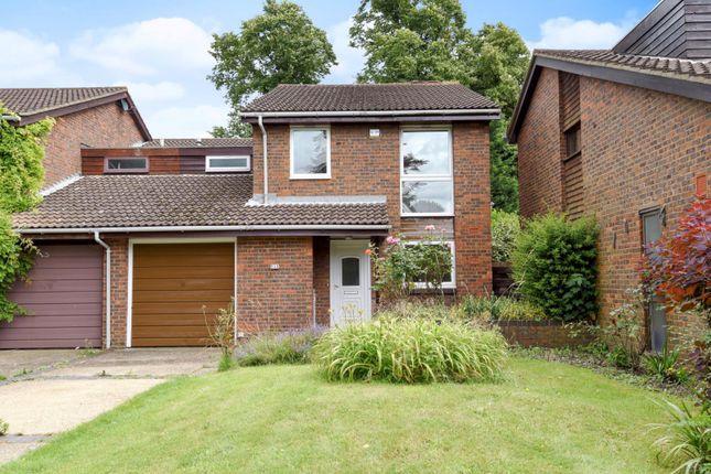 Thumbnail Property to rent in Lyndhurst Close, Park Hill, Croydon