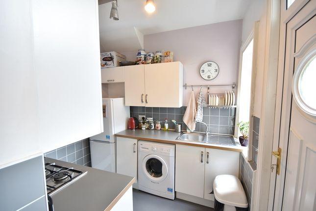 2 bed flat to rent in King John Terrace, Heaton, Newcastle Upon Tyne
