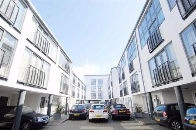 Thumbnail Flat to rent in Kensal Green, London