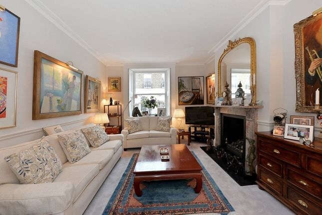 Thumbnail Property to rent in Graham Terrace, Belgravia