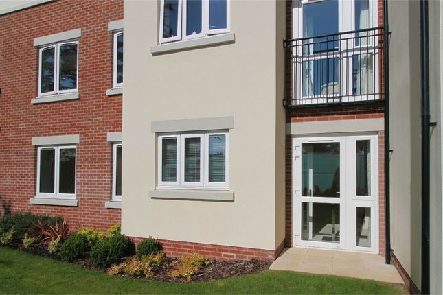 Thumbnail Flat for sale in Stokefield Close, Thornbury, South Gloucestershire