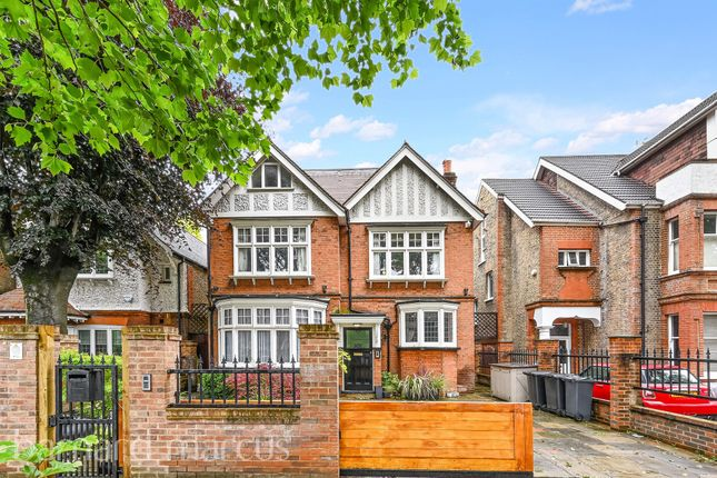Thumbnail Detached house for sale in Barrowgate Road, London