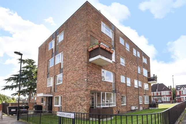 Thumbnail Flat for sale in Bowes Road, Arnos Grove