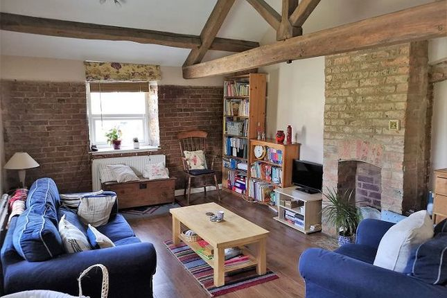 Thumbnail End terrace house to rent in Albion Street, Chipping Norton