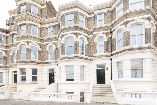 2 bed flat to rent in Dalby Square, Cliftonville, Margate