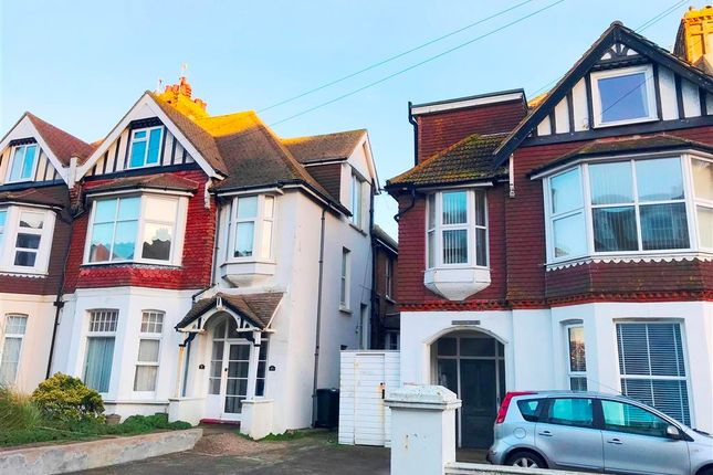 1 bed flat to rent in Sea Road, Bexhill-On-Sea