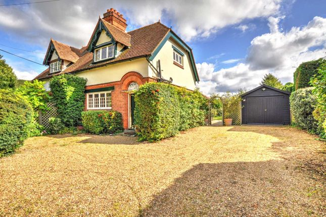 Thumbnail Semi-detached house to rent in Henley Road, Medmenham, Marlow