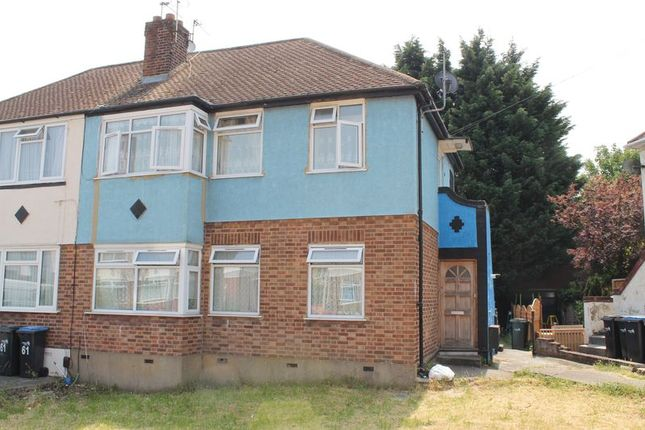 Thumbnail Maisonette for sale in Stainton Road, Enfield