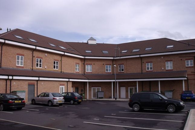 Thumbnail Flat to rent in Fern Court, Sunnyside, Rotherham
