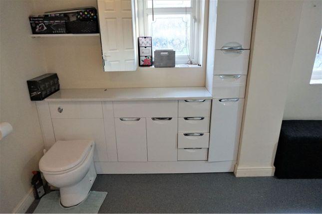 Family Bathroom of Norman Road, Smethwick B67
