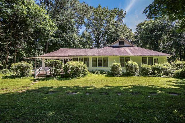 1708 Crawford Rd, Mohegan Lake, Ny 10547, Usa