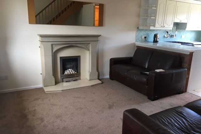 Thumbnail Property to rent in Highmoor Close, Willenhall