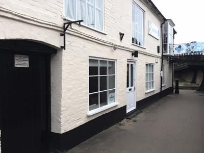 Thumbnail Retail premises to let in Lower Unit, 1 High Street, Hungerford, Berkshire