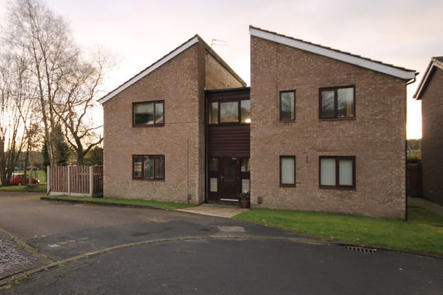Thumbnail Flat to rent in Rushey Field, Bromley Cross, Bolton, Lancs