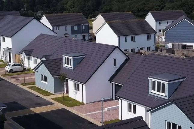 Thumbnail Detached house for sale in Prasow Pyski, Playing Place, Truro, Cornwall
