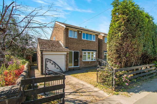 Thumbnail Detached house to rent in Bradford Road, Tingley, Wakefield