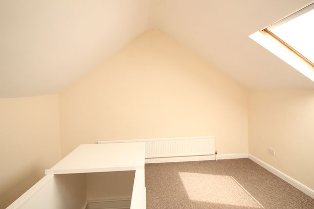 Thumbnail Terraced house to rent in Ridgill Avenue, Skellow