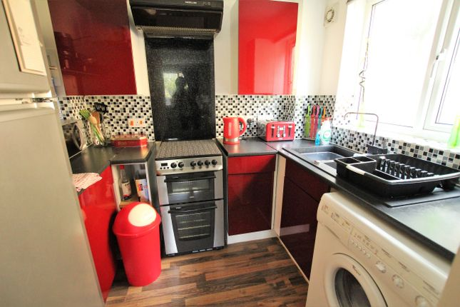 1 bed flat to rent in Sidmouth Court, Gravesend
