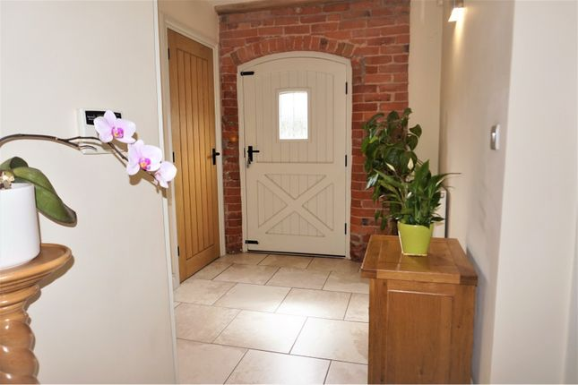 Entrance Hall of Daleacre Court, Lockington DE74