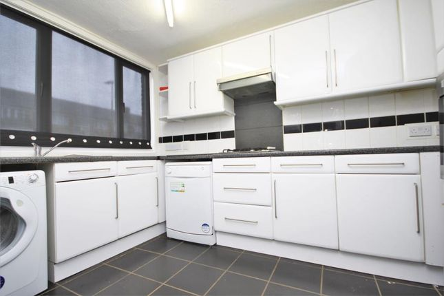 Thumbnail Property to rent in Hawthorn Grove, Penge