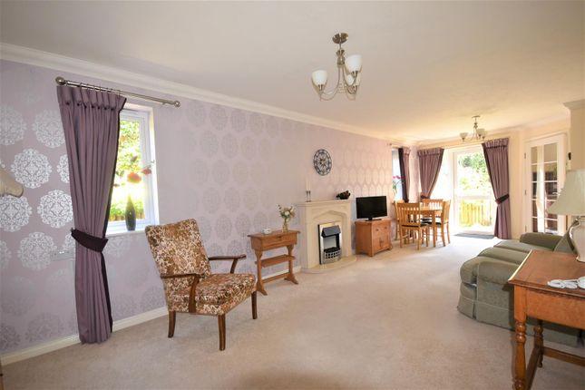 Thumbnail Flat for sale in Newbury, Gillingham