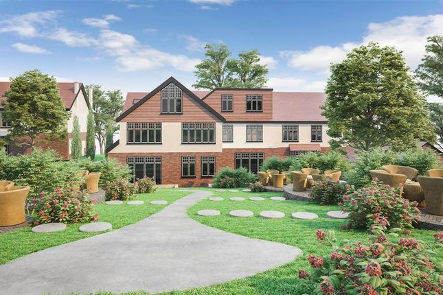 Flat for sale in Woodcote Valley Road, Purley, Surrey