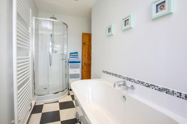 Bathroom of Lowndes Lane, Mile End, Stockport, Cheshire SK2