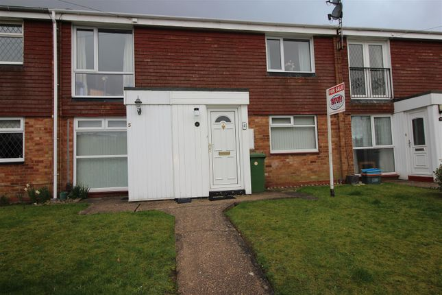 Thumbnail Flat for sale in First Floor Flat 6 Maegan Way, Cleethorpes, N.E. Lincs