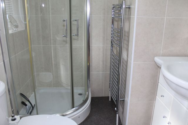En-Suite of Hawkstone Close, Duston, Northampton NN5