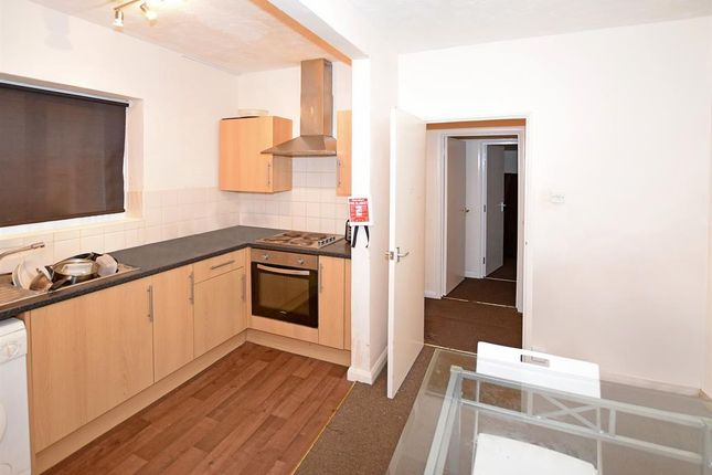 3 bed flat to rent in Hill Lane, Southampton SO15