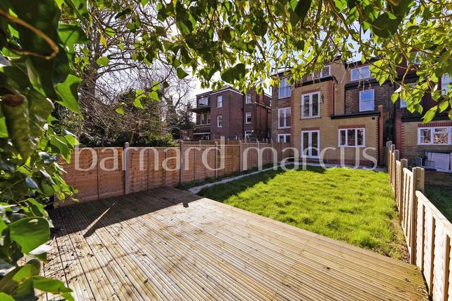 Thumbnail Flat to rent in Manor Road, Beckenham